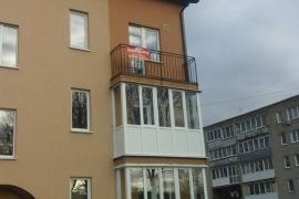 г. Гвардейск, ул. Калининградская, балкон с 3-камерным профилем