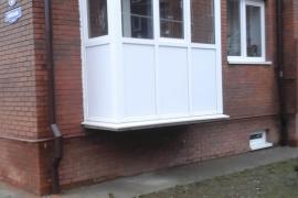 балкон под ключ, поэтому потолочная сушка - заказчикам пенсионного возраста в подарок
