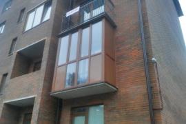 балкон с тонированным стеклом Золотой дуб, г. Чкаловск
