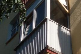 osteklenie_balkona-2