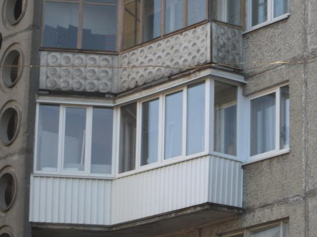 остекление углового балкона