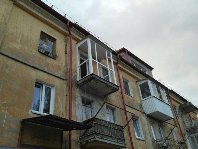 -Балкон с крышей ул Березовая